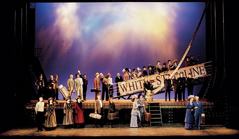 musical titanic im theater hamburg musical world. Black Bedroom Furniture Sets. Home Design Ideas